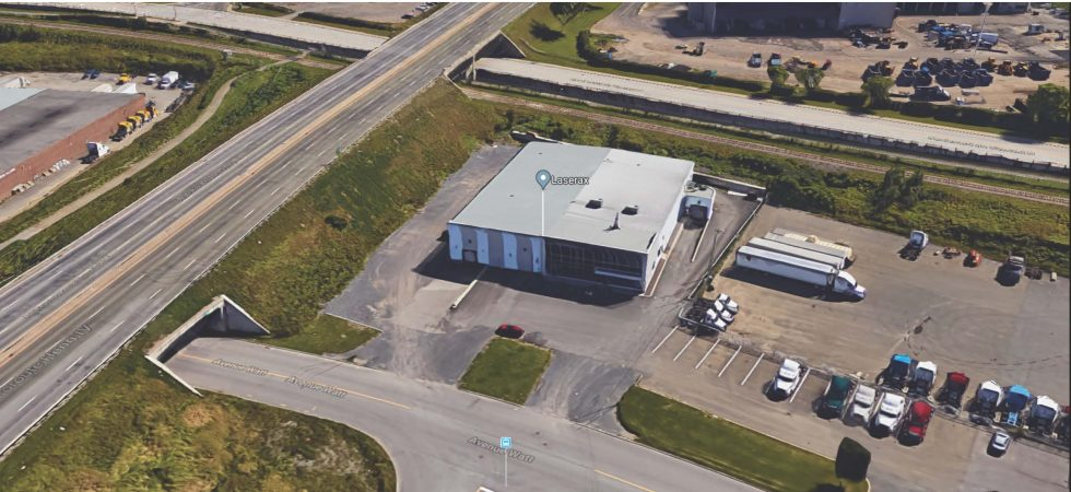 Bâtisse Industrielle: 2811 Ave Watt Québec
